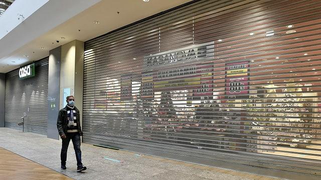 Geschlossene Geschäfte in Mailand.