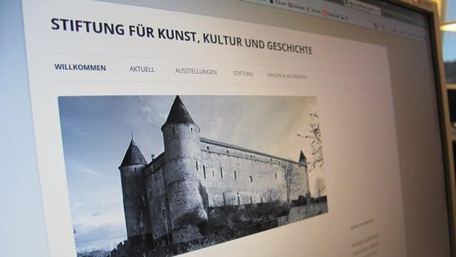 Fotografie der Webseite der Stiftung für Kunst, Kultur und Geschichte