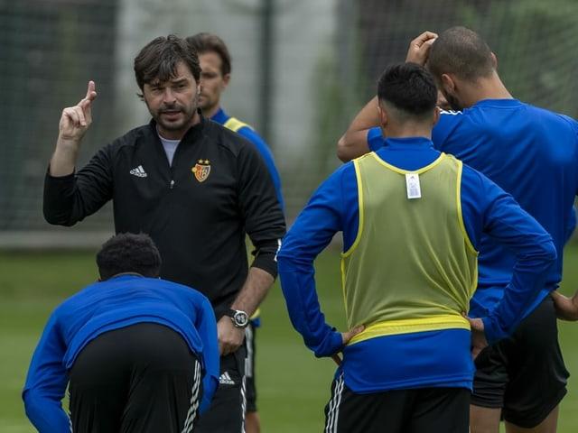 Ciriaco Sforza im Training des FC Basel