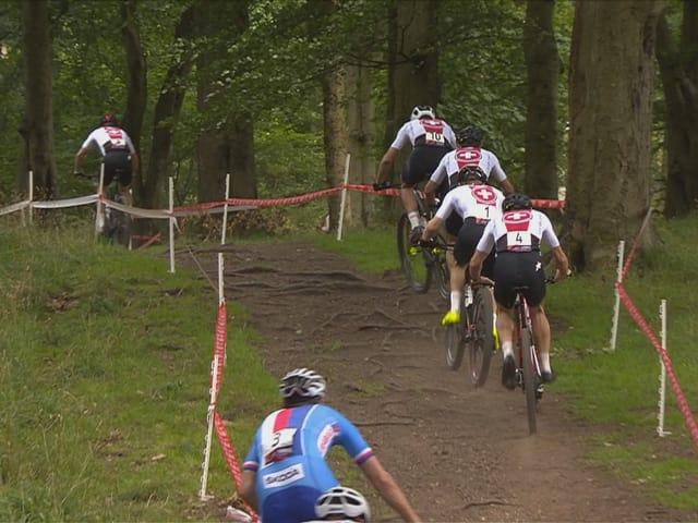 Zu Beginn des Rennens lagen phasenweise nicht weniger als 5 Schweizer an der Spitze.