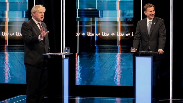 Boris Johnson und Jeremy Hunt bei der TV-Debatte