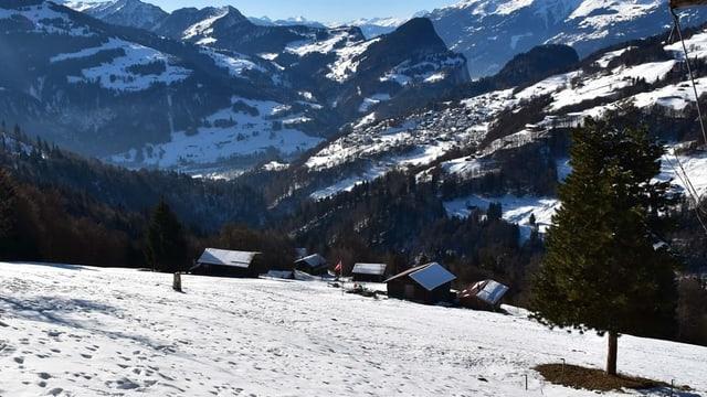 Fracziun Munt sin il territori da vischnanca Fanas.