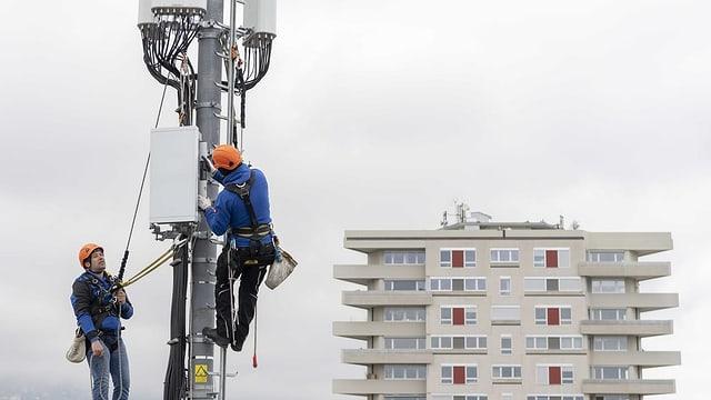 5G-Antenne wird aufgebaut