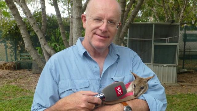 Porträt mit Känguruh-Baby