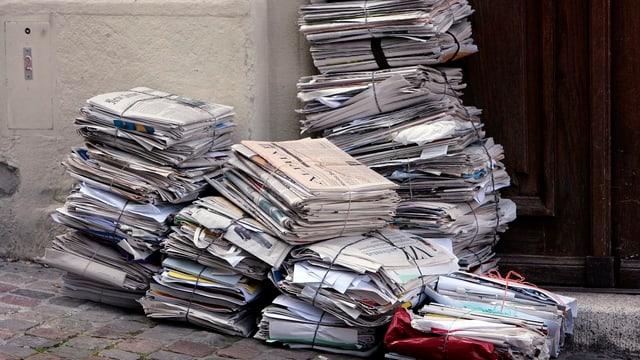 Ein Haufen Papierbündel
