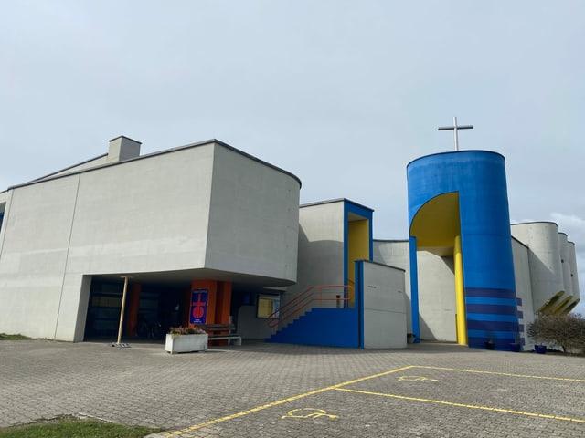 St. Agatha Pfarrkirche im Kanton Luzern von außen zu sehen.