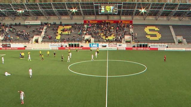 Die Ränge im neuen Schaffhauser Fussballstadion sind noch mehr als halbleer.