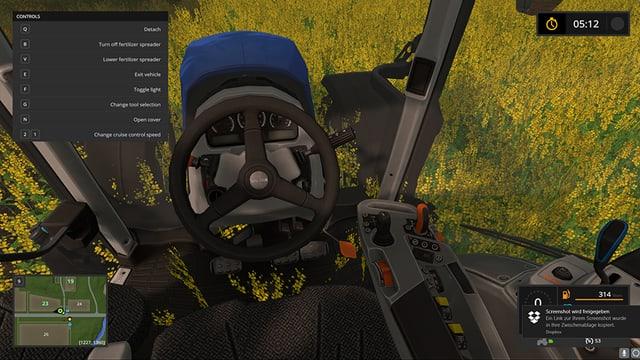 Ansicht eines Traktorfahrers aus der Ego-Perspektive.