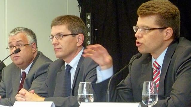 Einsatz für Biel: Regierungsrat Andreas Rickenbacher (v.r.), Stadtpräsident Erich Fehr und Unternehmer Felix Kunz.