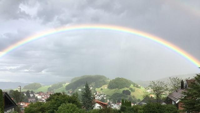 Wunderbarer Regenbogen.