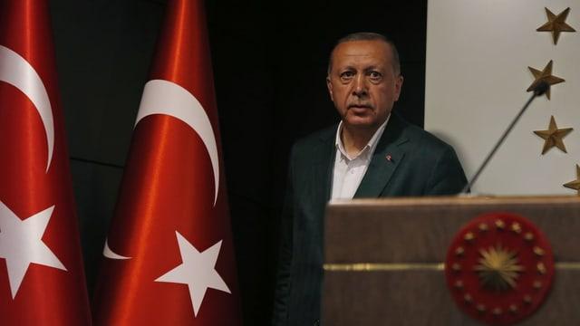 Purtret da Recep Tayyip Erdogan.