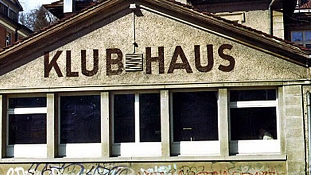 Spanisches Klubhaus