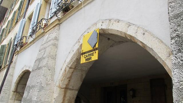 Eingang zum Carré Noir.