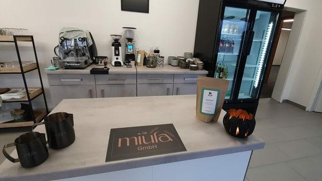 La stizun cun café «la miula» a Sedrun.