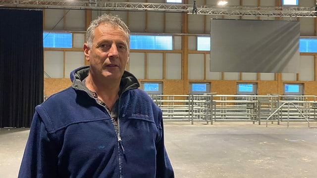 Christian Parli, il manader da fatschenta da Biestga Grischun/Graubünden Vieh.