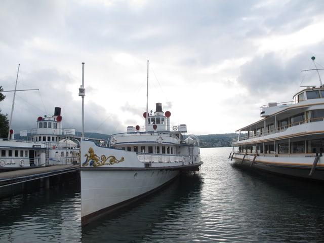 Das Dampfschiff Stadt Zürich im Zürichsee