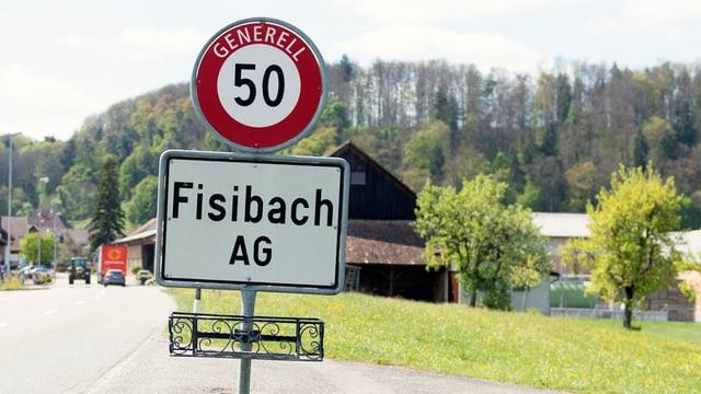 Ortsschild Fisibach.