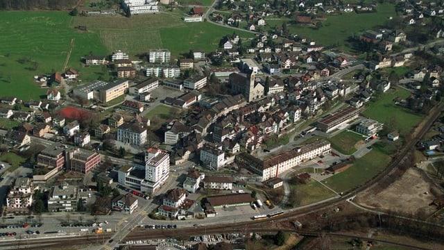 Eine Luftaufnahme der St. Galler Gemeinde Uznach