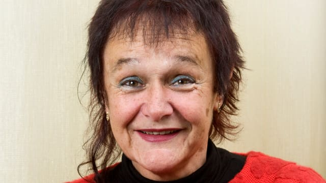 Iris Minder, Theaterfrau