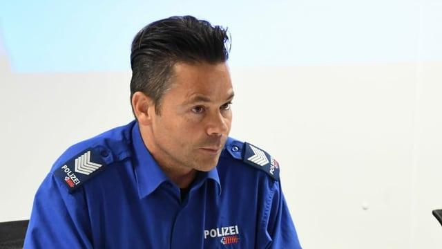 Pledader da medias da la polizia chantunala GR