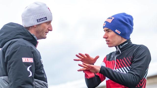 Coach Heinz Kuttin mit seinem Springer Stefan Kraft.
