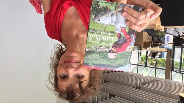 Daniela Schwegler hat für ihr Buch 12 Bergbäuerinnen besucht.