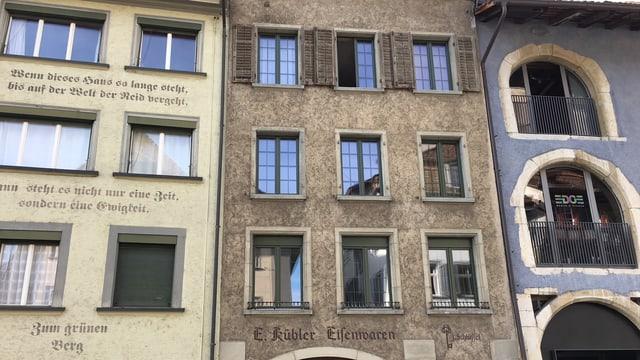 Alte Häuserzeile in der Schaffhauser Neustadt.