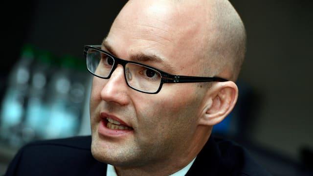 Portrait von Stephan Walder, Co-Leiter des Kompetenzzentrums Cybercrime.