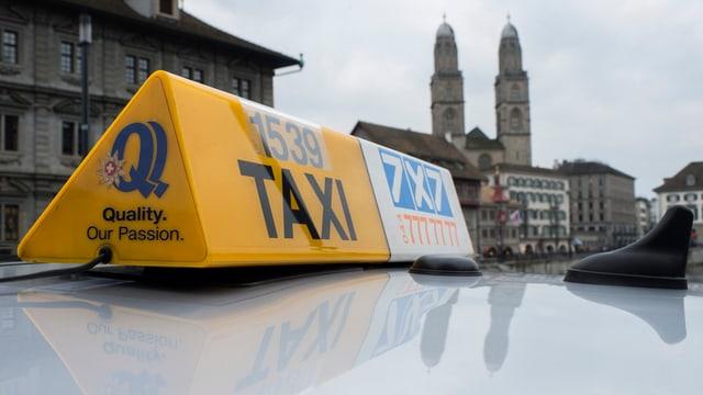 Ein Taxi in Zürich.