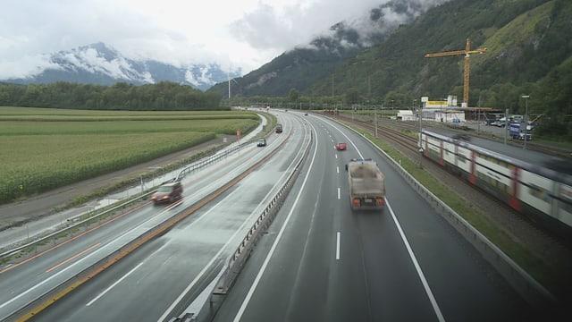 Uschia sa preschenta l'A13 actualmain tranter Zezras e Cuira Nord.