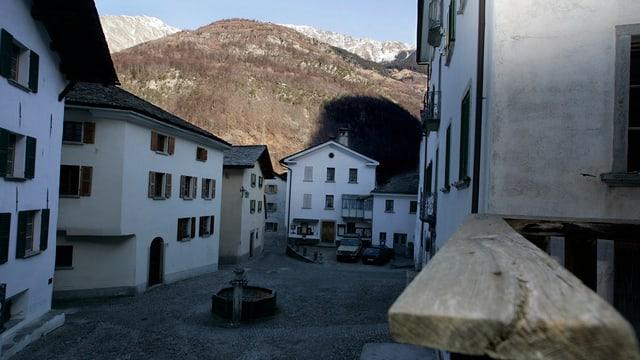 Dorfplatz der Gemeinde Bondo