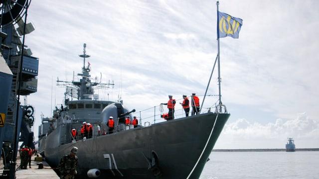Ein iranisches Kriegsschiff (reuters/archiv)