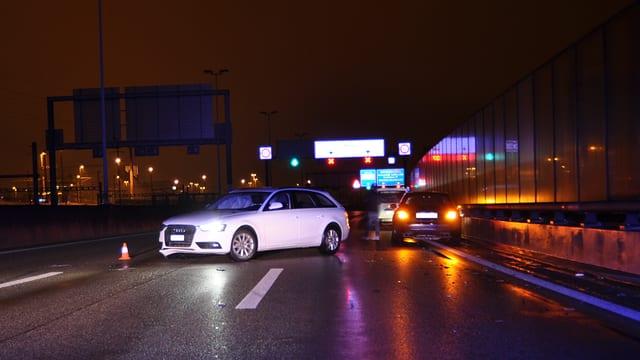 Unfallfahrzeug auf der A2