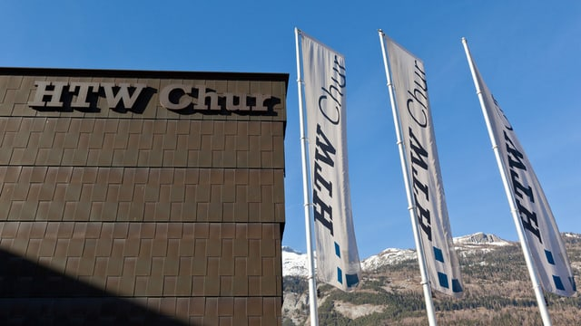 Gebäude der HTW Chur von aussen
