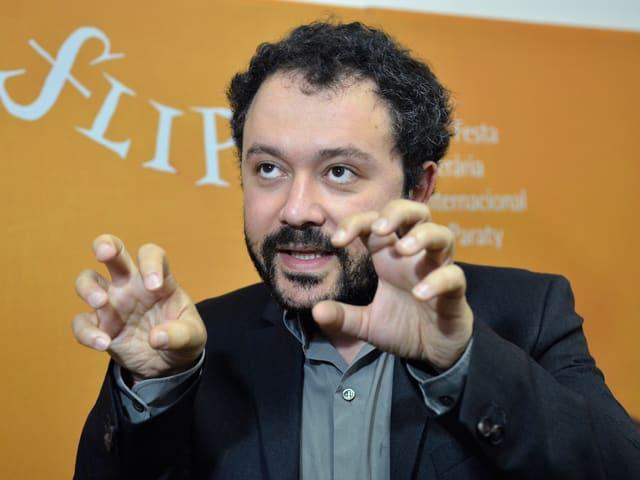 Ein Porträt von Riad Sattouf.