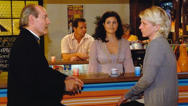 Video «Lüthi und Blanc - (280 / 288) Komplott im Penthouse» abspielen