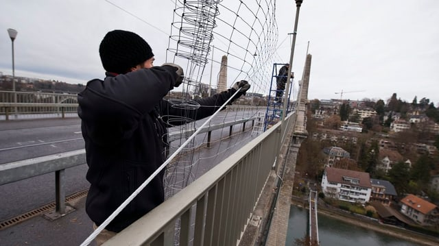 Sicherheitsnetze an Berner Brücken