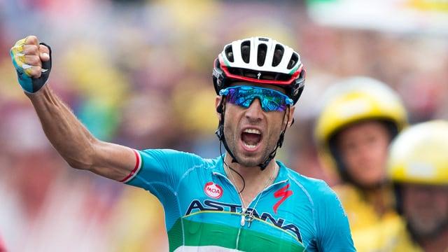 Il ciclist talian Vincenzo Nibali ha demonstrà oz sias qualitads da raiver.