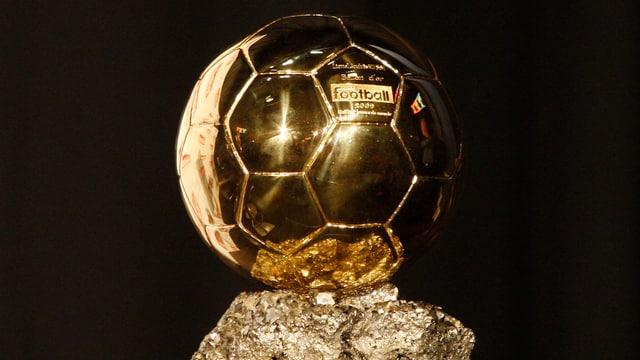 Um diese Auszeichnung geht es: Der Ballon d'Or.