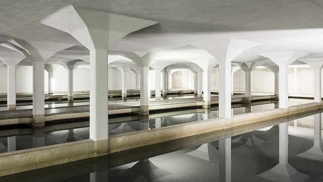 Im Seewasserwerk Lengg in Zürich werden pro Tag rund 250'000 Kubikmeter Trinkwasser aufbereitet.
