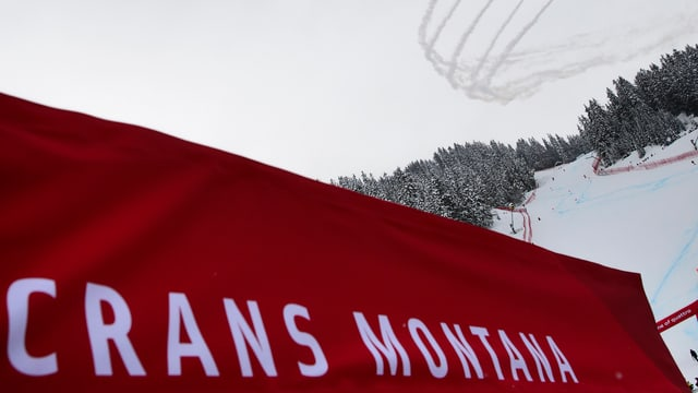 Banner mit dem Schriftzug von Crans-Montana.