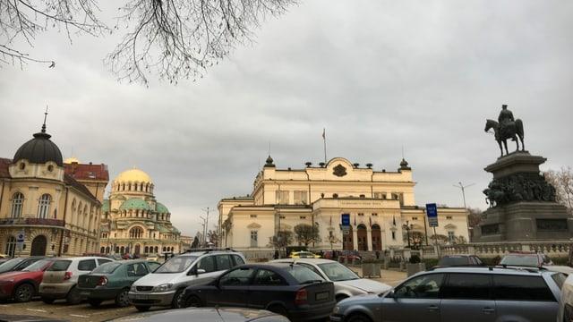 Sofia ist voll von Autos