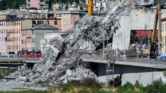Trümmer der Morandi-Brücke