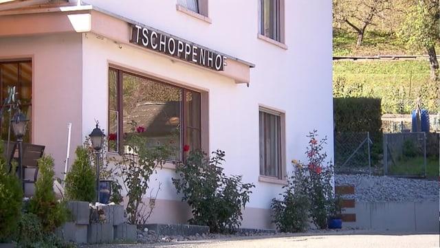 Video «Basel-Landschaft – Tag 3 – Restaurant Tschoppenhof, Liedertswil» abspielen