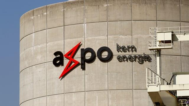 Axpo-Logo prangt auf einer Mauer