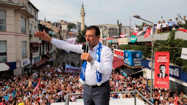 Imamoglou auf Wahlkampfveranstaltung