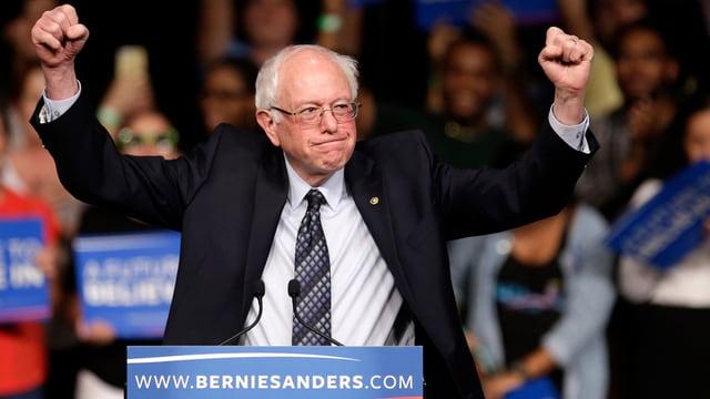 Bernie Sanders al ad in'occurenza da cumbat per las elecziuns