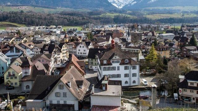 Aufnahme von Sarnen vom Landenberg aus gesehen.