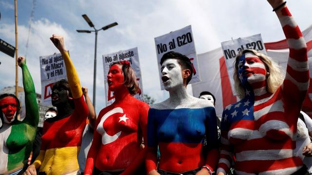 Tausende demonstrieren gegen G20
