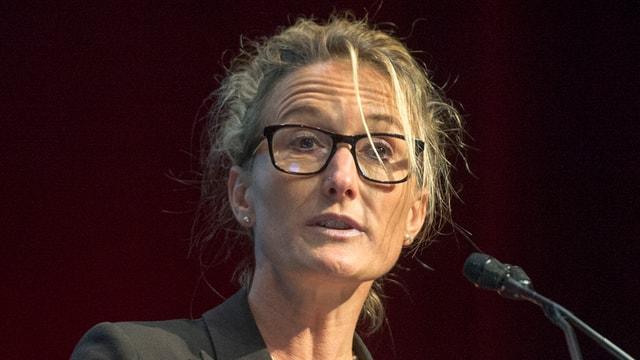 Regierungsrätin Susanne Hochuli am Rednerpult